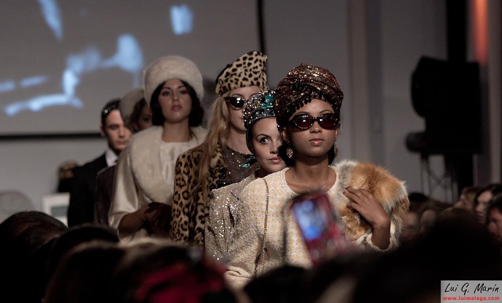 Desfile colección de moda Museo Automovilístico de Málaga