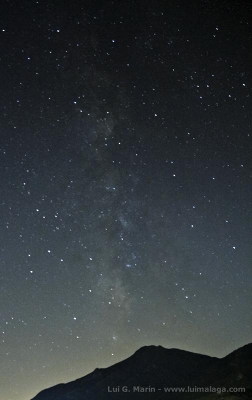 La Via Láctea desde Carratraca y la espada de Orión desde la Misericordia